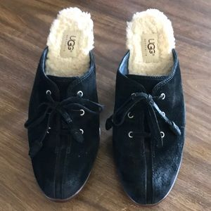 UGG Molly Slip On Size 8.5